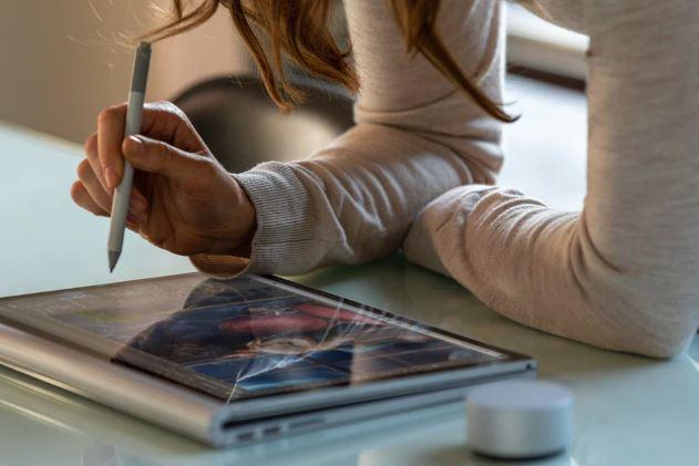 Microsoft Surface Book 3 Daftar Laptop 2 in 1 terbaik 2021