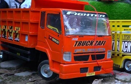 bisnis saat ppkm darurat bisnis mainan anak truk oleng