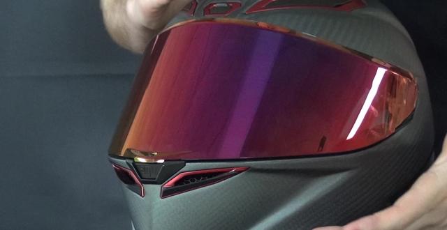 Helm termahal Didunia